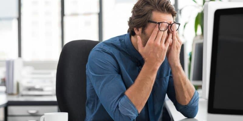 causas y consecuencias estrés laboral